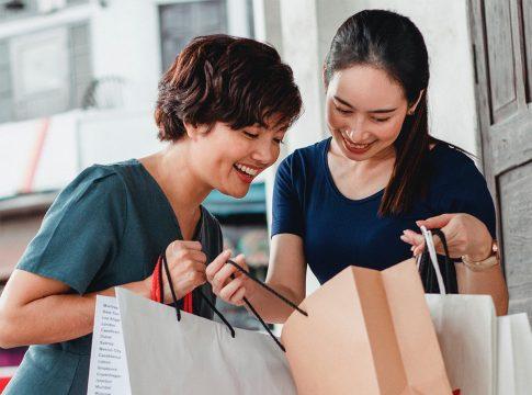 Los consumidores prefieren las bolsas de papel