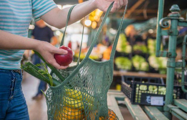 España inaugura su primer supermercado libre de plásticos